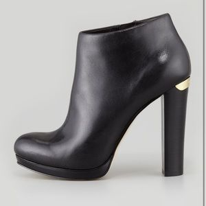 ✨ Michael Michael Kors Leather Haven Booties